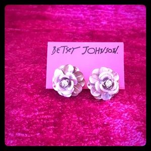 Betsey Johnson Pinktina Patina Flower Earrings